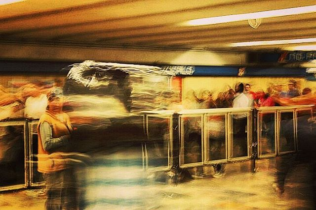 metro-series-colour-blur